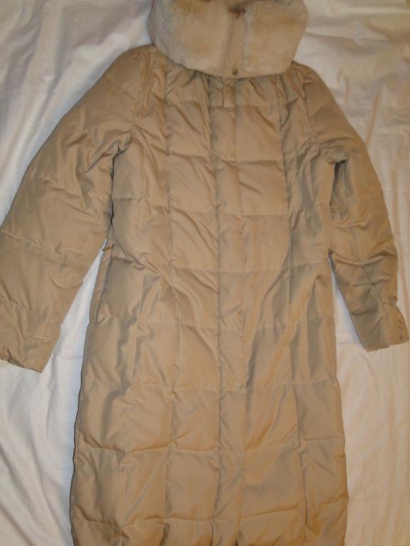 Куртка и пальто MAX MARA.