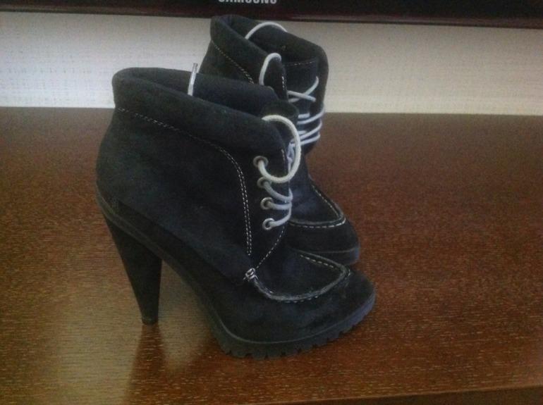 Ботинки,  37  размер