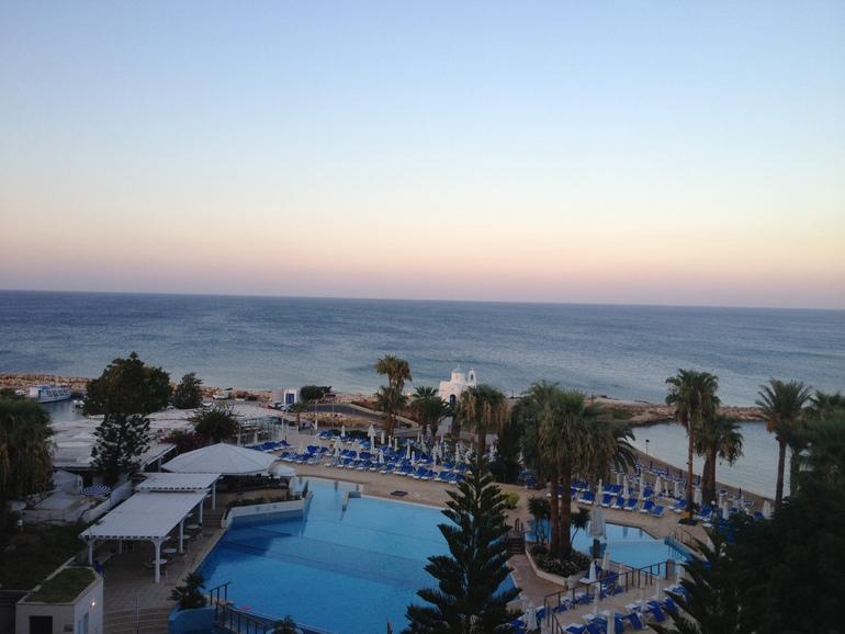 Кипр.  Протарас.  The  Golden  Coast  Beach  Hotel  4*