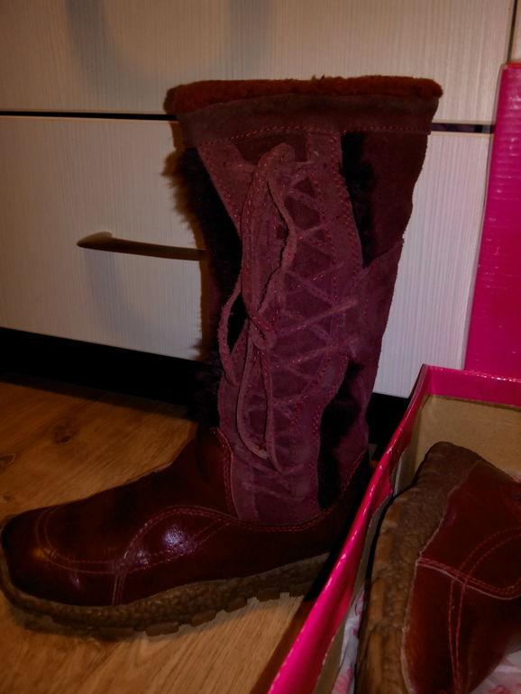 Продам обувь для девочки с 30р-34р