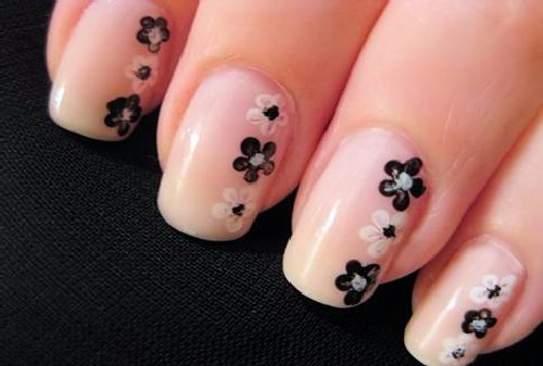 Рисунки на ногти двумя цветами