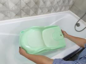 Горка Подмывалка для подмывания малышей в ванне
