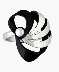 Кольцо из серебра Лейсан с чёрной нанокерамикой Юмила