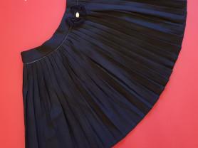 Новая школьная юбка Noble People 152 т-синяя