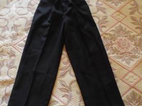 Черные брюки на 3-5 лет