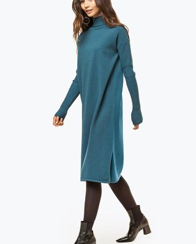 Вязаное платье с добавлением ангоры и кашемира