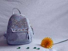 Голубой рюкзак со стразами (З-14301)