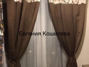Двухцветные шторы и тюль для кухни