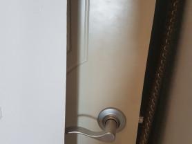 Двери 5 шт, Италия, с коробками. Ванна угловая, бу