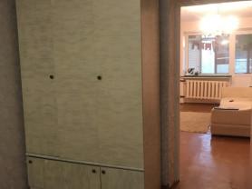 срочно сдаём трехкомнатную квартиру