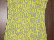 Стильное платье фирмы H&M.