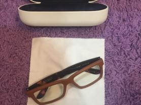 Новые компьютерные очки. Торг: нет.