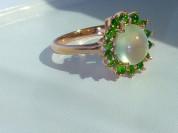 кольцо перстень серебро+золото+пренит+хромдиопсиды