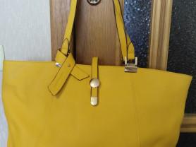 Женская сумочка D&D кожа сафьяно б/у