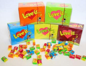 Блок жвачек Love Is