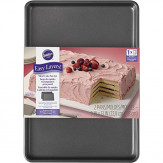 Wilton 2105-5747 2 Piece Easy Layers Sheet Cake Pan Set