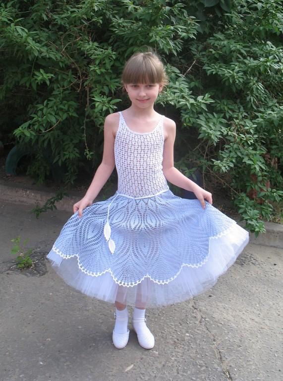 Платья с юбкой из фатина на выпускной в детский сад