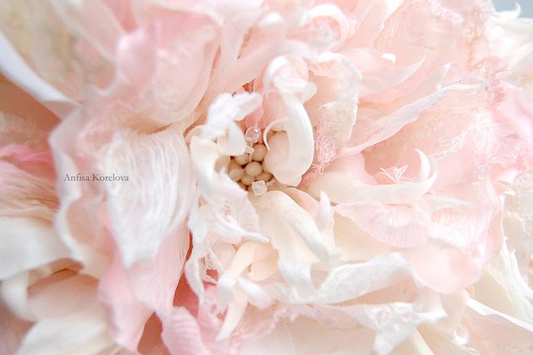 Шелковый цветок