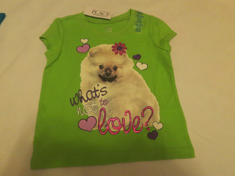футболочки на 2 годика, все с блестками