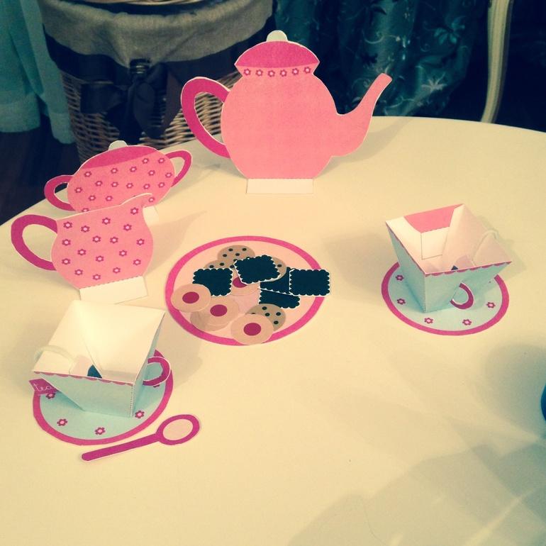 Paper tea set