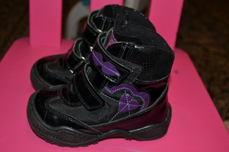 Обувь  на  девочку,  с  19  по  24  размер.Minimen,  Ortek,  Таши  Орто,  котофей,  Ортомода,  Rabbit.  Отправлю  почтой
