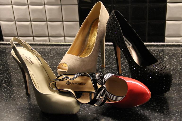 Туфли 38-40 размера. (Б/у 1 раз в помещении)