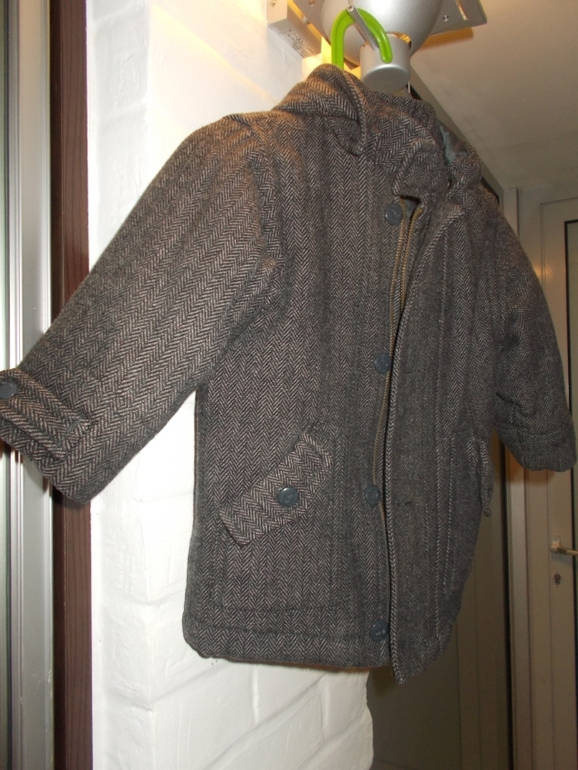 Продам утепленное пальто MEXX 86 р-р 700 руб.