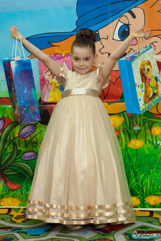 Есении 6 лет. Немного фото с дня рождения