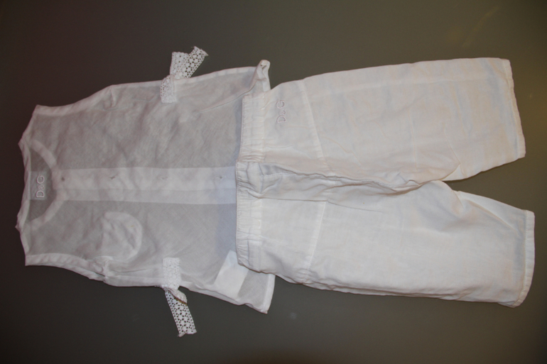 Летний  костюмчик  D&G  для  девочки  от  1  до  2-х  лет.