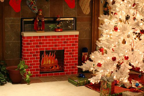 Как сделать Новогодние декоры для дВсё Дровяной