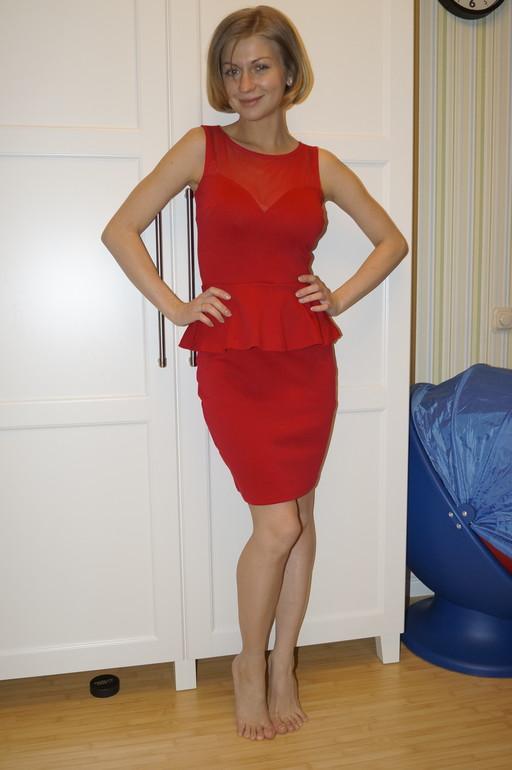 Голосование: какое платье лучше