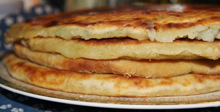 пирожки тонкие с картошкой на кефире