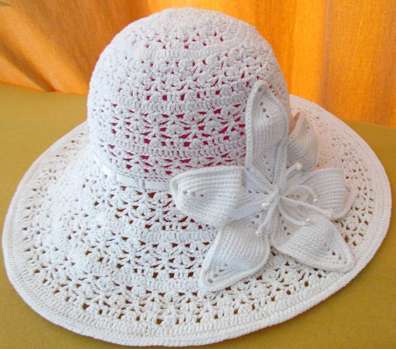 Вязание женской шляпки на лето крючком
