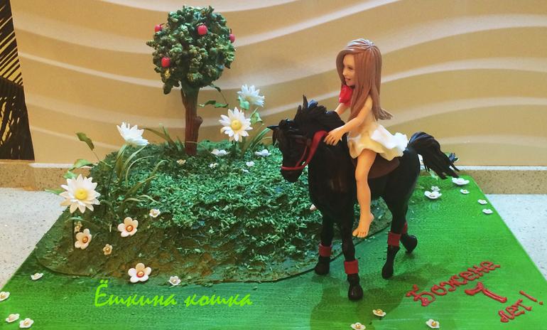 торт с лошадью фото