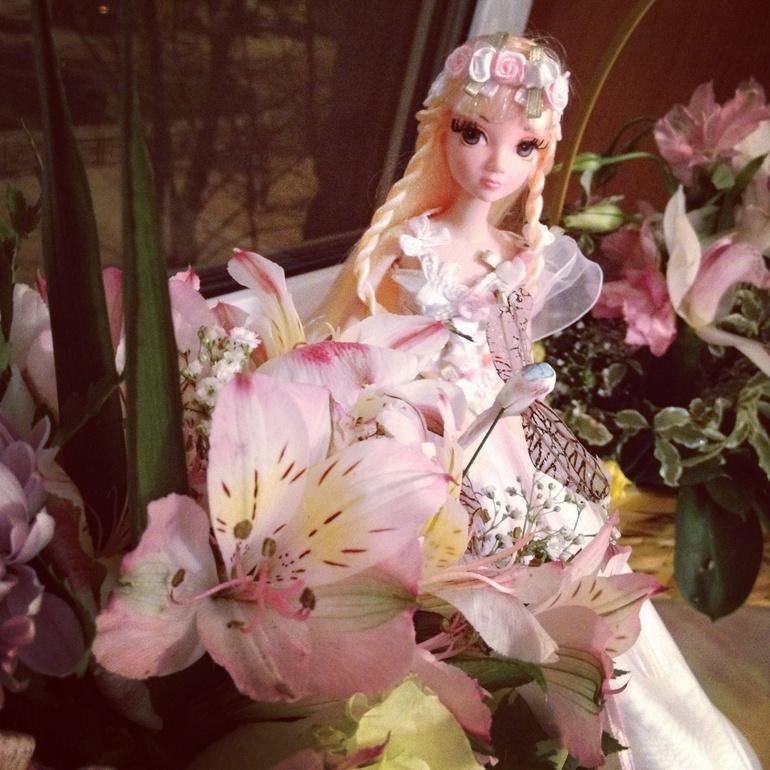 Какие сейчас красивые стали делать куклы)))