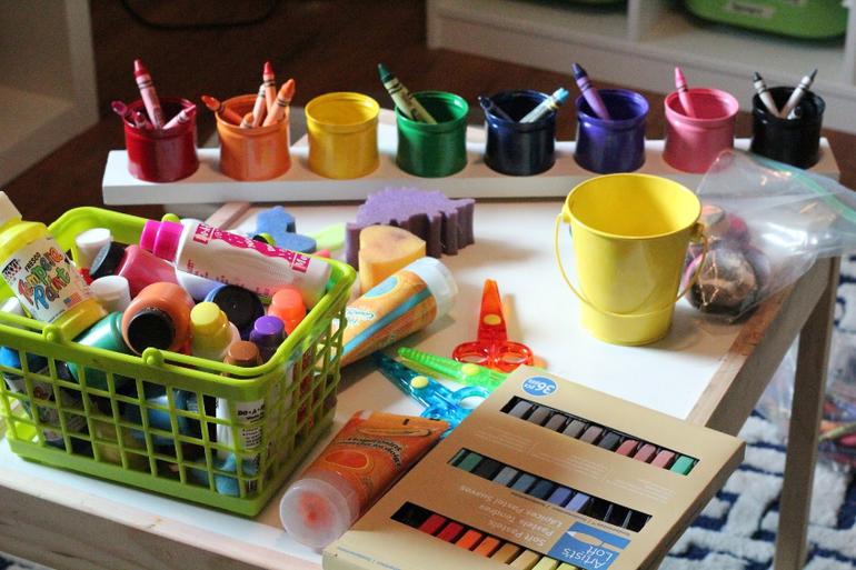 Творческий уголок в детской