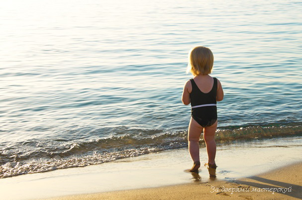 Фотовоспоминания. Октябрьский Кипр с малышкой