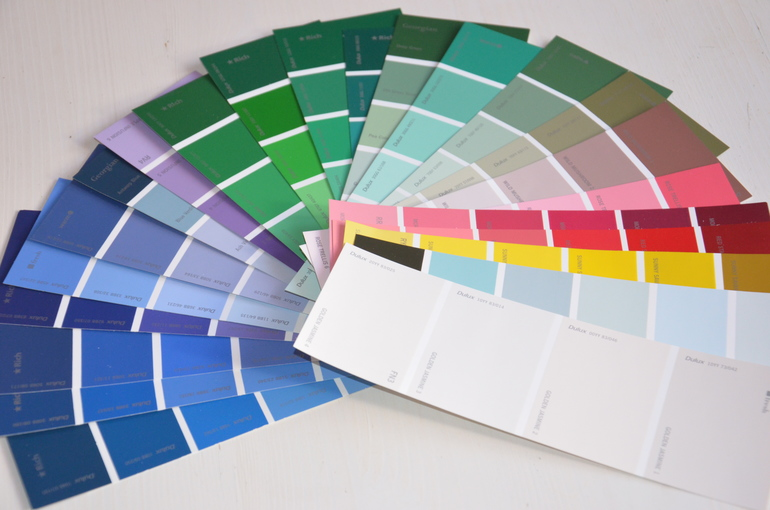 Развитие в магазине красок!