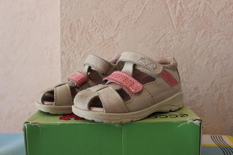 Обувь для девочек б/у в отличном состоянии, размеры от 22 до 28!!!