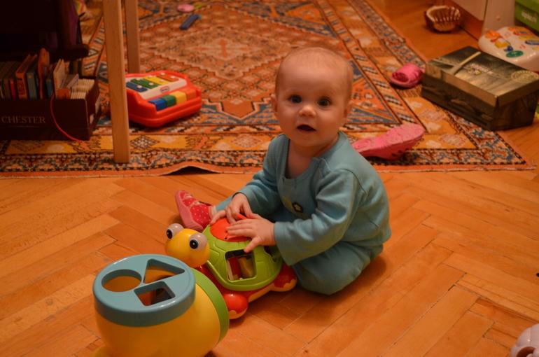 8 месяцев Катюшке!