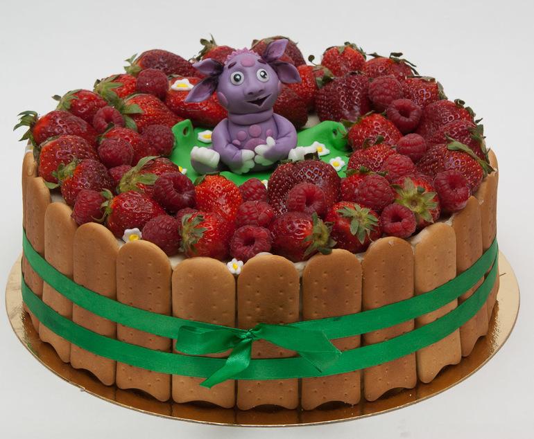 Безмастичный торт с Лунтиком