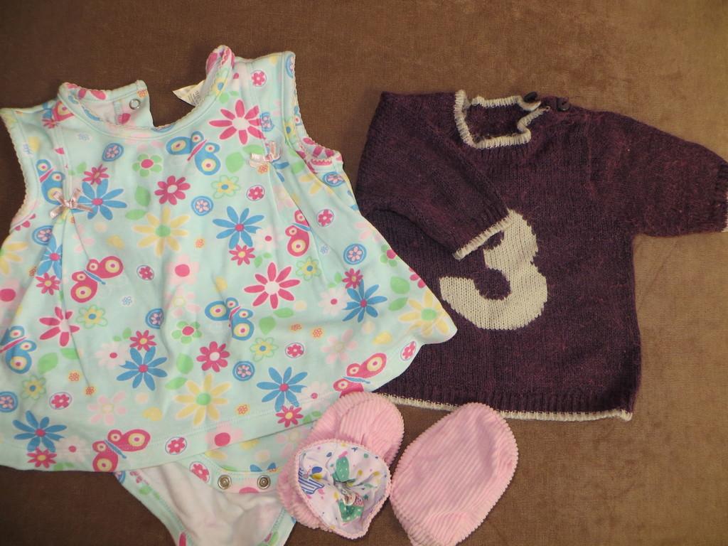 платье-боди, свитер,пинетки в идеале
