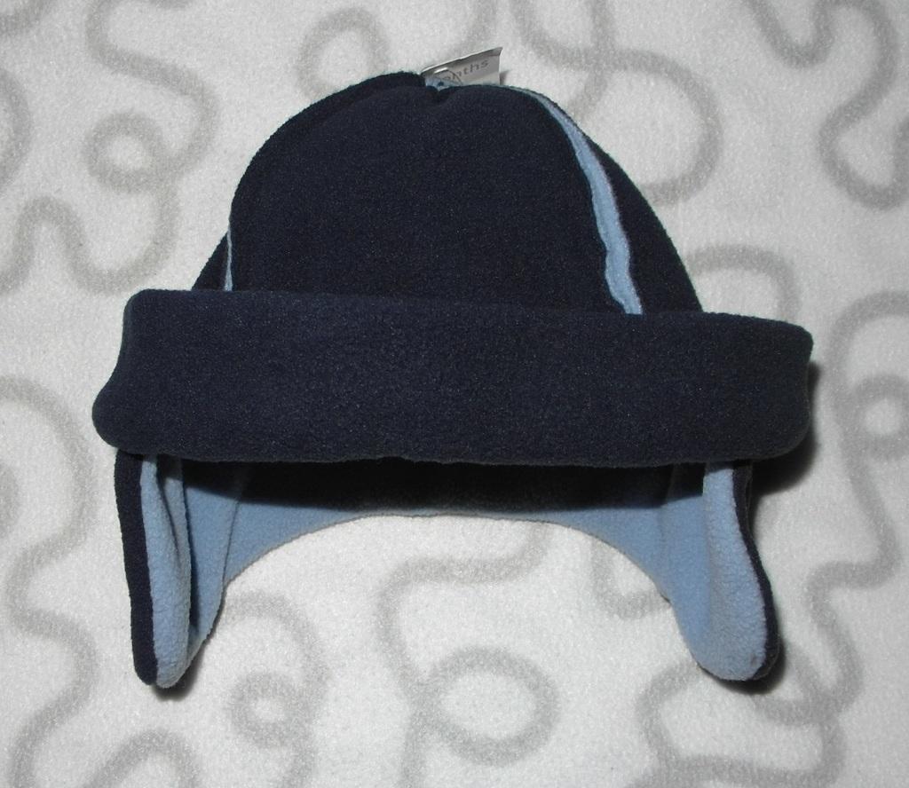 Новая шапочка флисовая без завязок Mothercare, 3-6