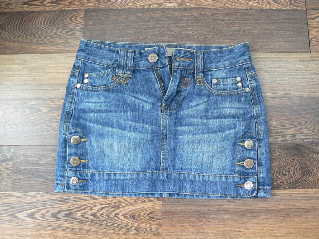 Юбка джинсовая р.38-40 (сломана молния)