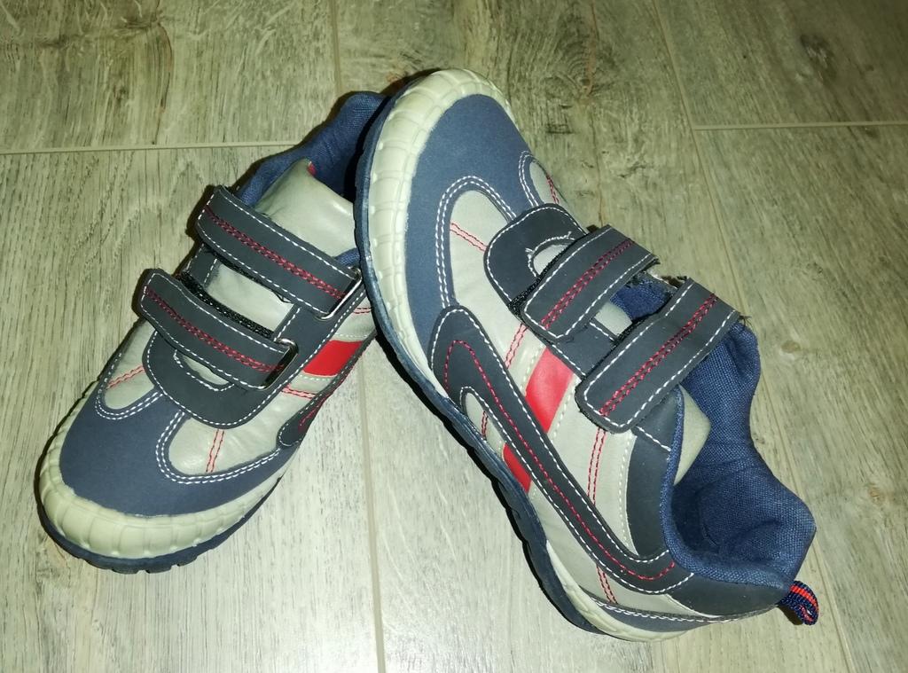 Кроссовки - ботинки на липучках новые р. 33 (20,5с