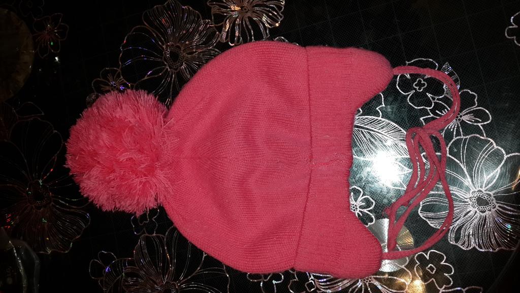 Восхитительная шапочка на девочку 1-2 лет.