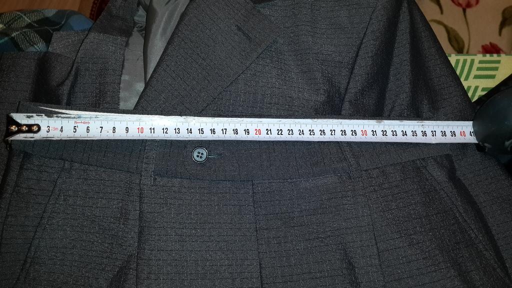 Мужской костюм 44-46. Надет 1 раз. Новый