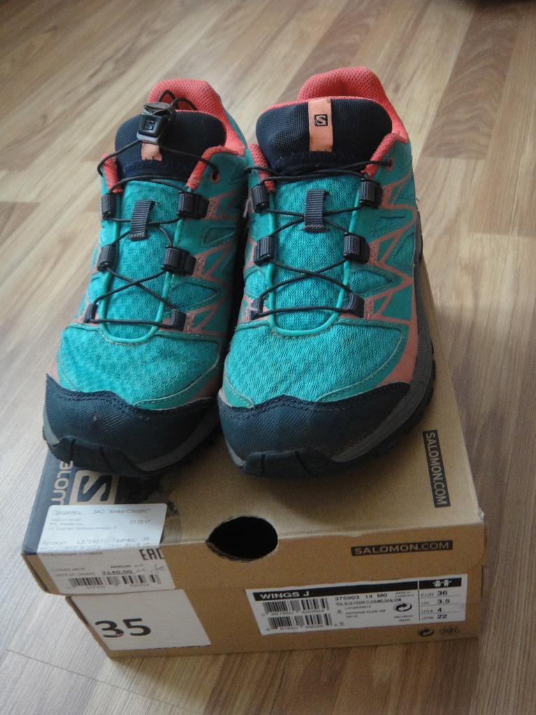 кроссовки  Salomon35 размер