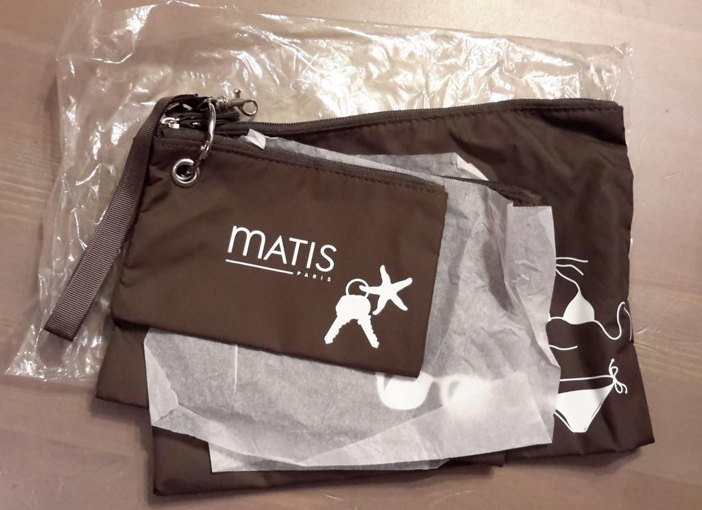 Набор пляжных косметичек Matis