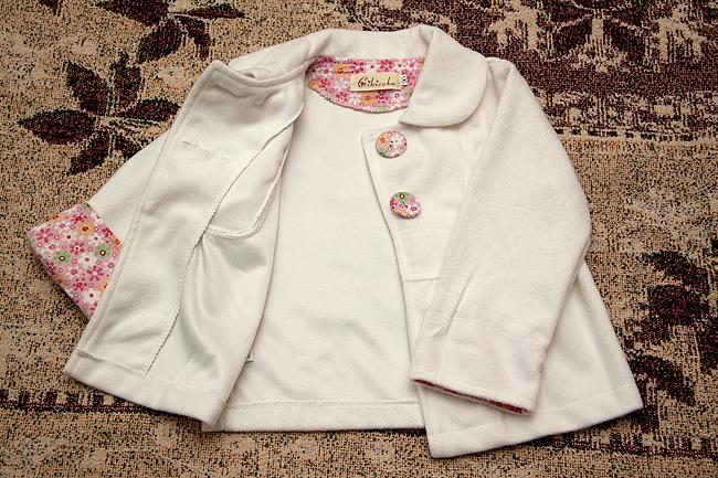 Пиджачек для маленькой леди.